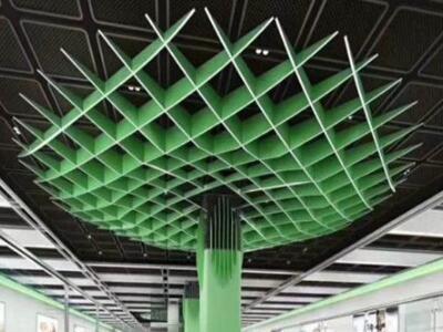 西餐厅装饰吊顶天花 u型格栅 地铁站三角铝格栅吊顶